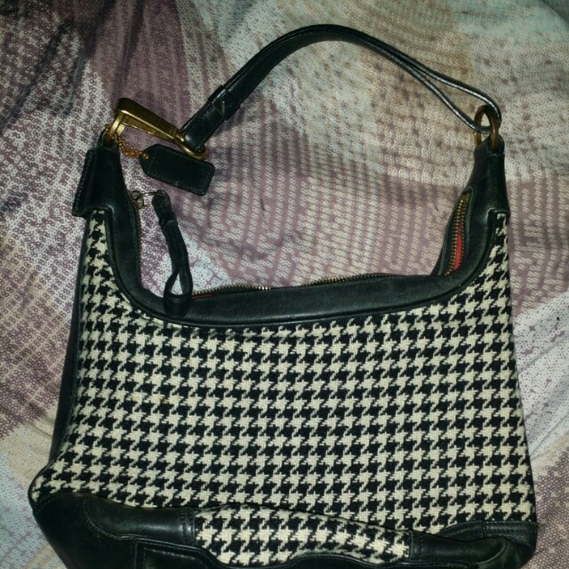 Authentic HTF Coach Houndstooth Hamilton Hobo Wool 6954 63abf022f1426