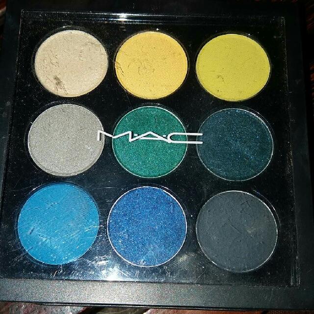 Authentic MAC tropics Eyeshadow Palette In 9