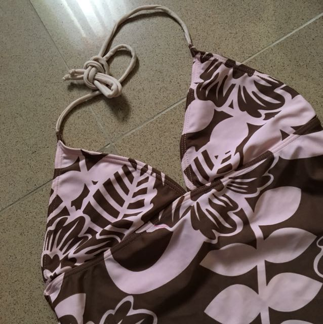 Backless top swimwear