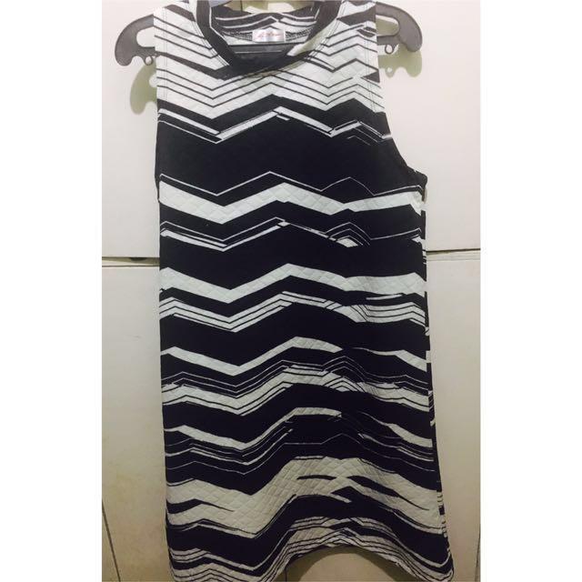 Black and White Plus-sized Dress/Maternity Dress