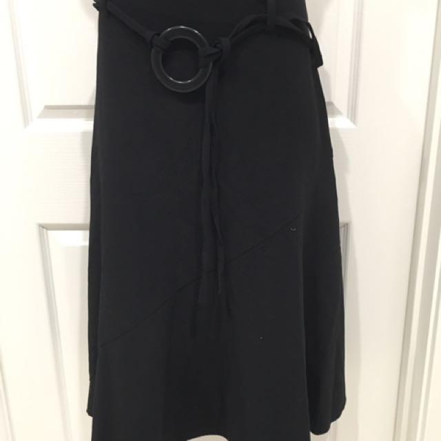 Brand new black skirt Size 10