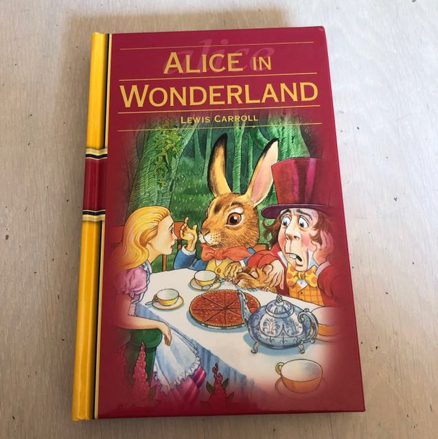 BRAND NEW. HARDCOVER ALICE IN WONDERLAND