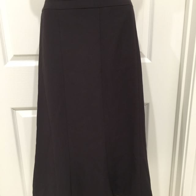 Brand new Table eight chocolate skirt size 10
