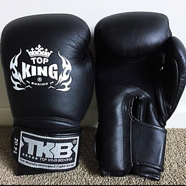 BRAND NEW TOP KING SUPER AIR 14OZ MUAY THAI BOXING GLOVES