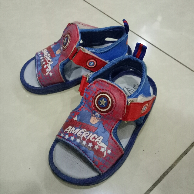 captain america 8.5/10 inner sole 15cm