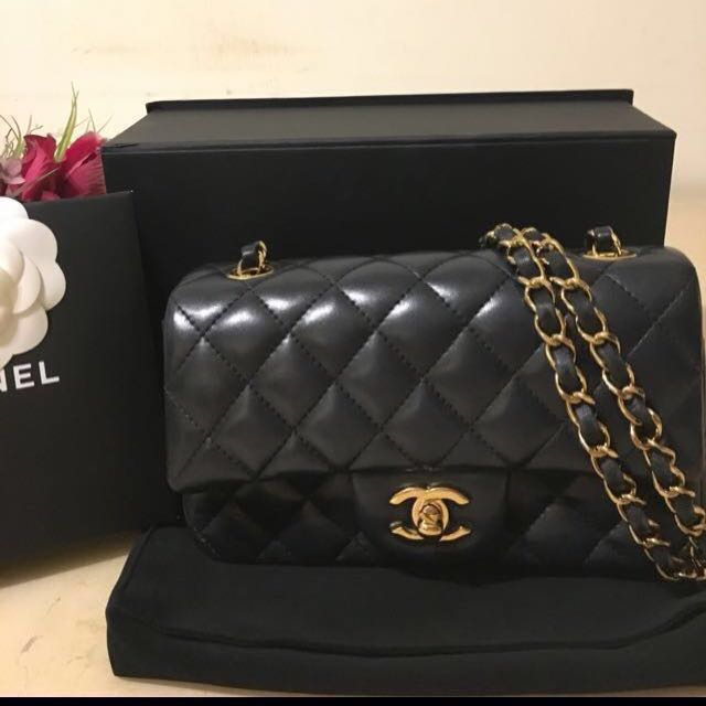 Chanel mini coco 20黑金小羊皮肩背包(正品)