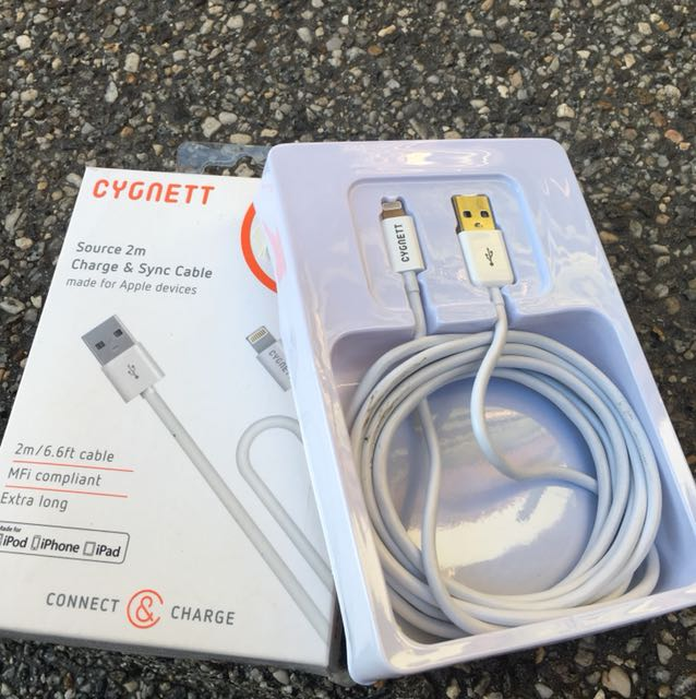 CYGNETT charge and sync cable