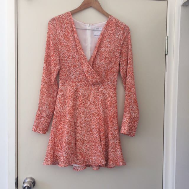Fitted plunge dress negotiable/swap