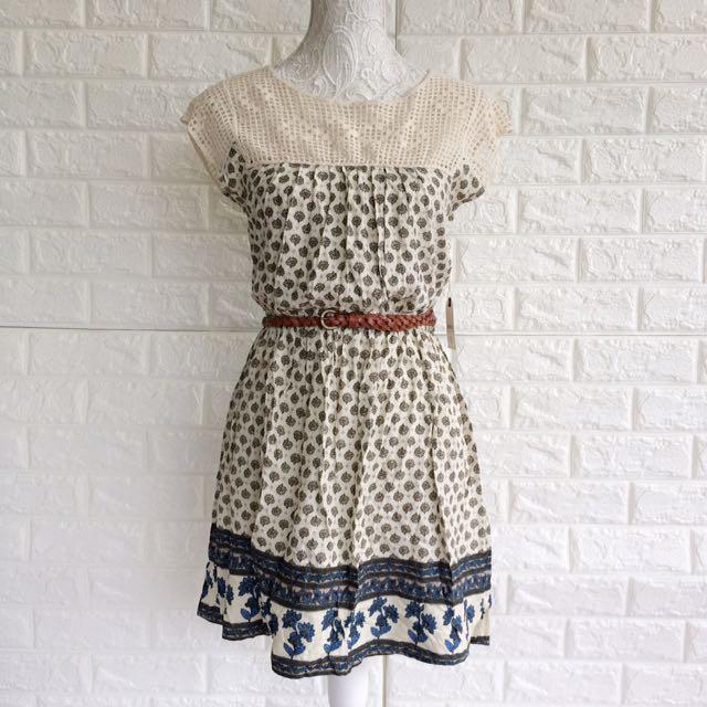 Forever 21 Floral Dress (belt included)