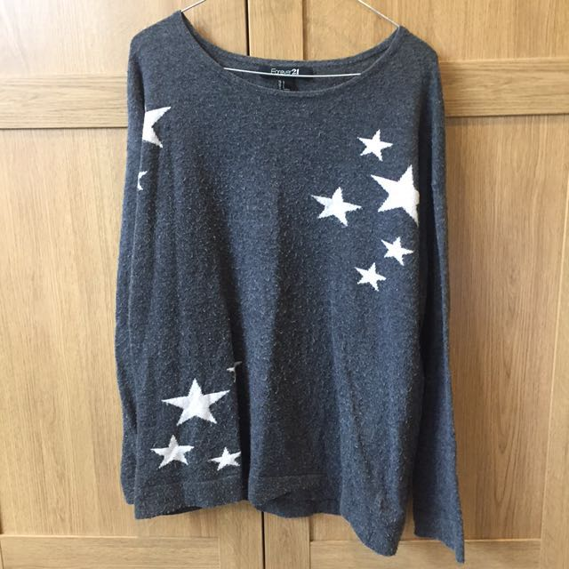 Forever 21 Star Jumper Size Large
