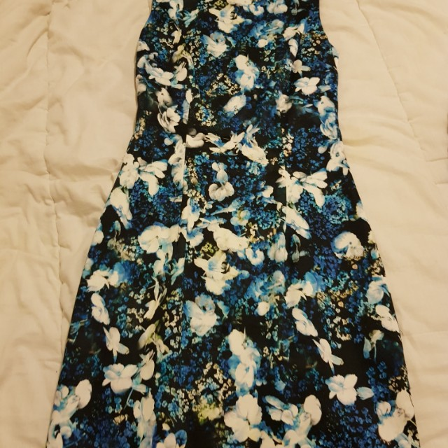Forever New Floral Dress - Size 6