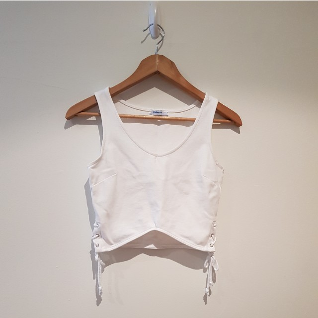 FREE POSTAGE VALLEYGIRL Crop Top small
