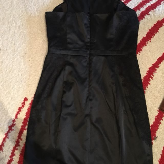 Guess black Medium Satin feel dress with lace detailings