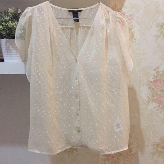 H&M broken white shirt *turun harga