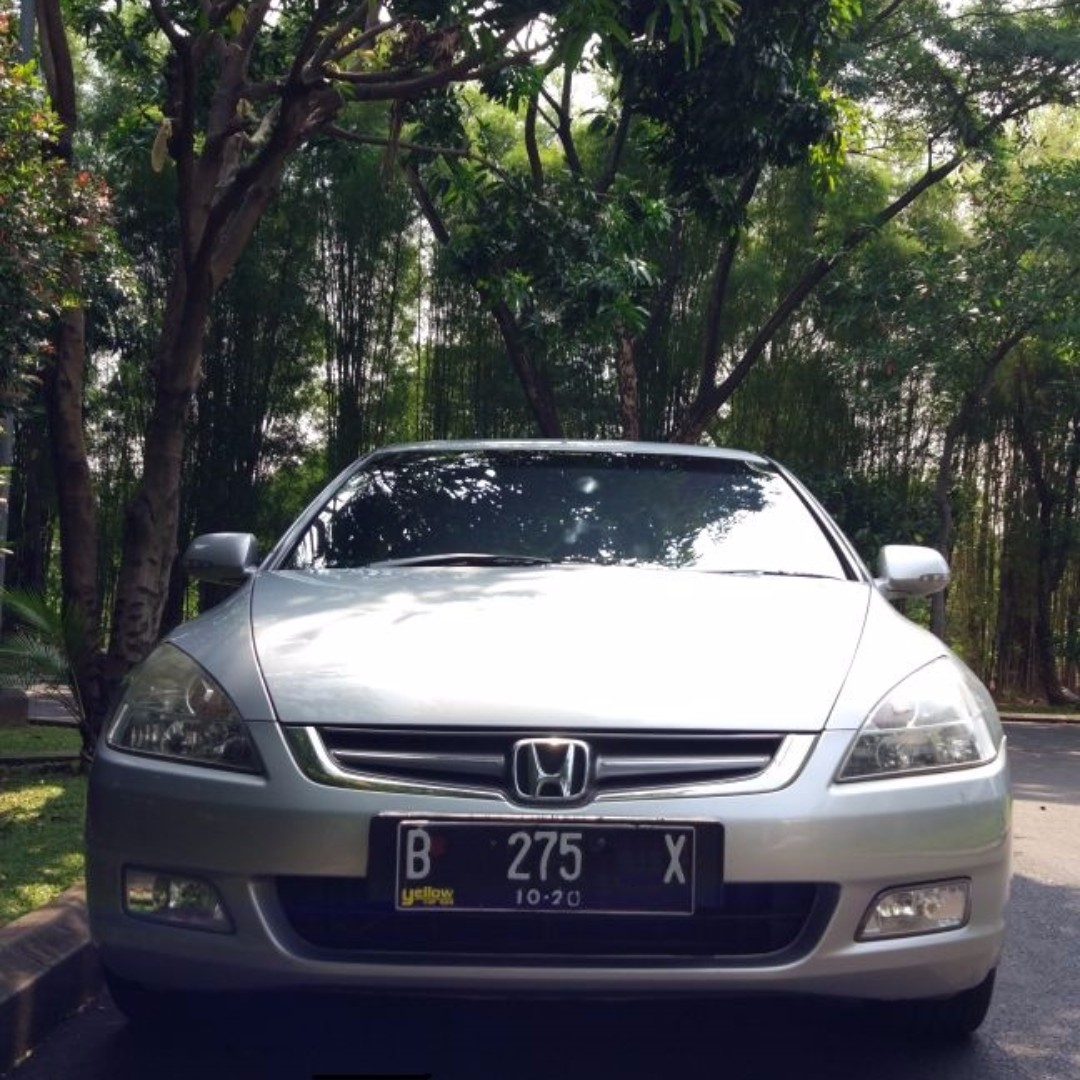 Honda Accord VTI-L M/T 2005 Silver Metalic Istimewa Mulus Cat Ori