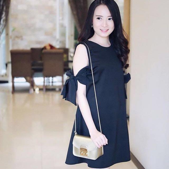 like NEW ! Alice Ribbon Bow Black  Dress