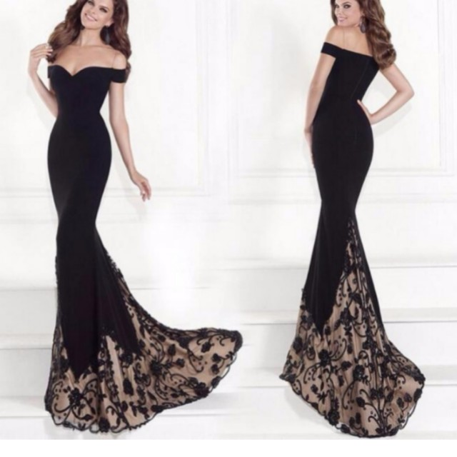 Available on December 23,2017 - Long gown, black mermaid gown, off ...