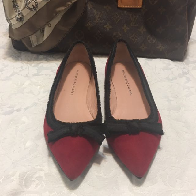 Marc By Marc Jacobs suede bow flat's