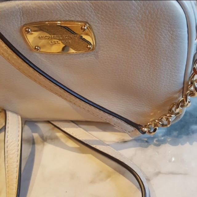 MICHAEL KORS White Jet Set Crossbody Bag (Mini)