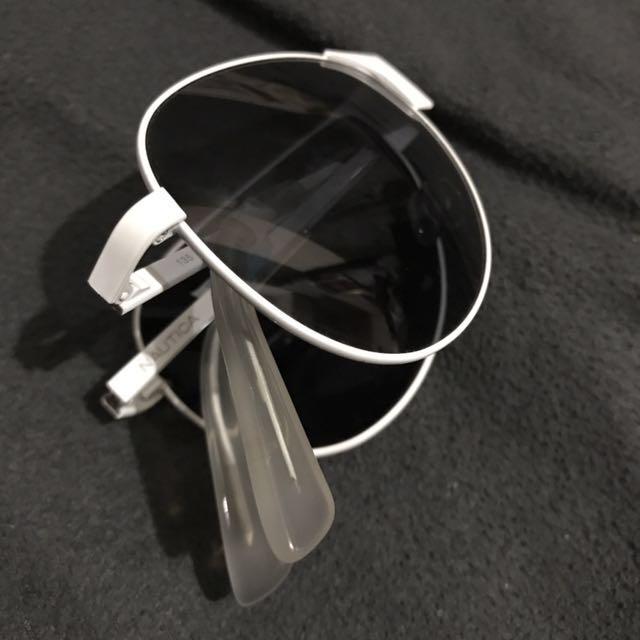 Nautica Foldable Sunglasses (White)