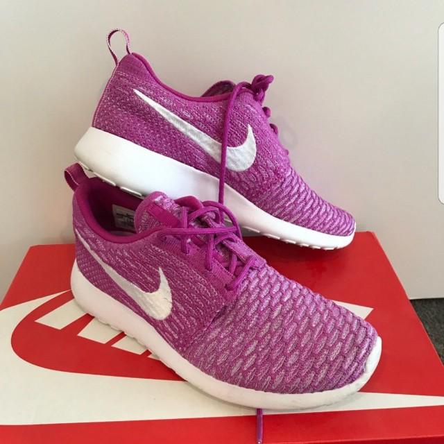 Nike Flyknit Roche US8
