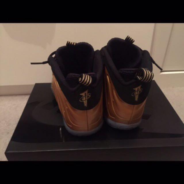 Nike Foamposite gold