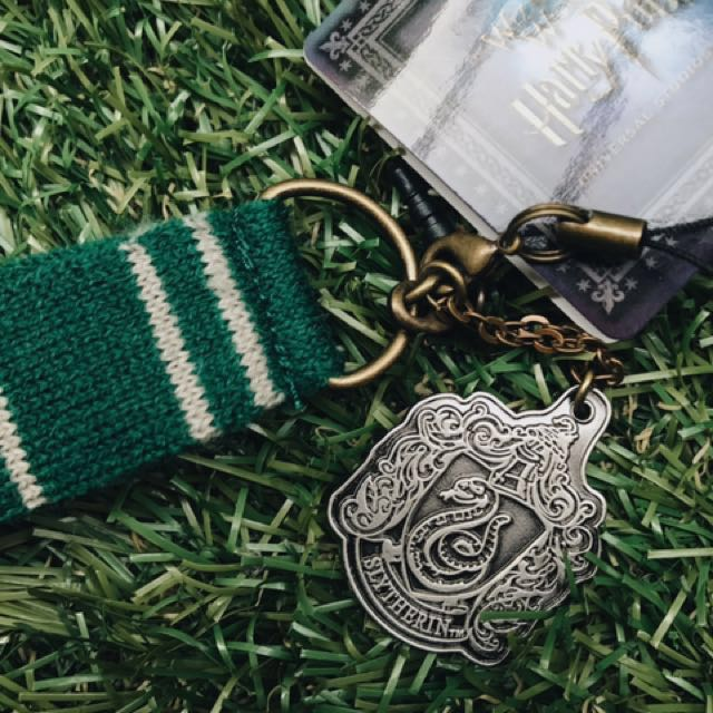 f9fd4ce88f0 PENDING authentic harry potter slytherin scarf keychain on Carousell