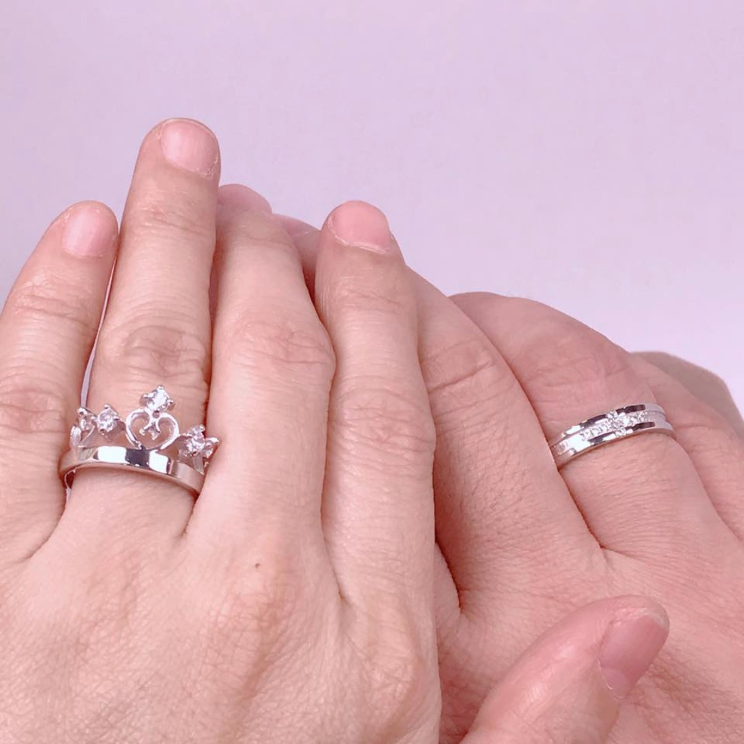 prince and princess crown ring, Preloved Women\'s Fashion, Jewelry on ...