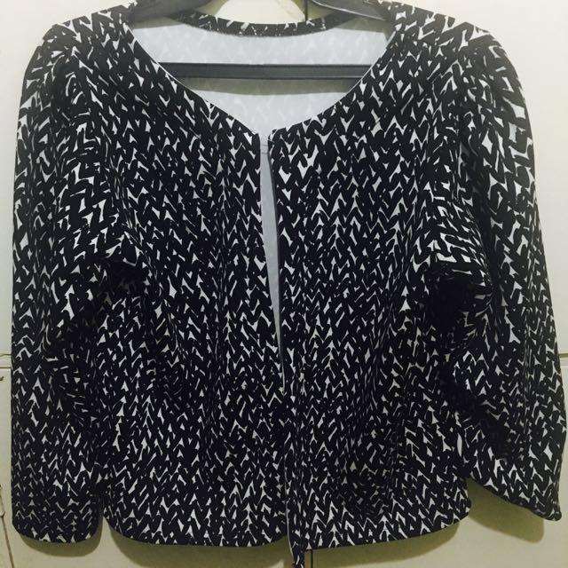 Printed Black and White Blazer/Cardigan Top