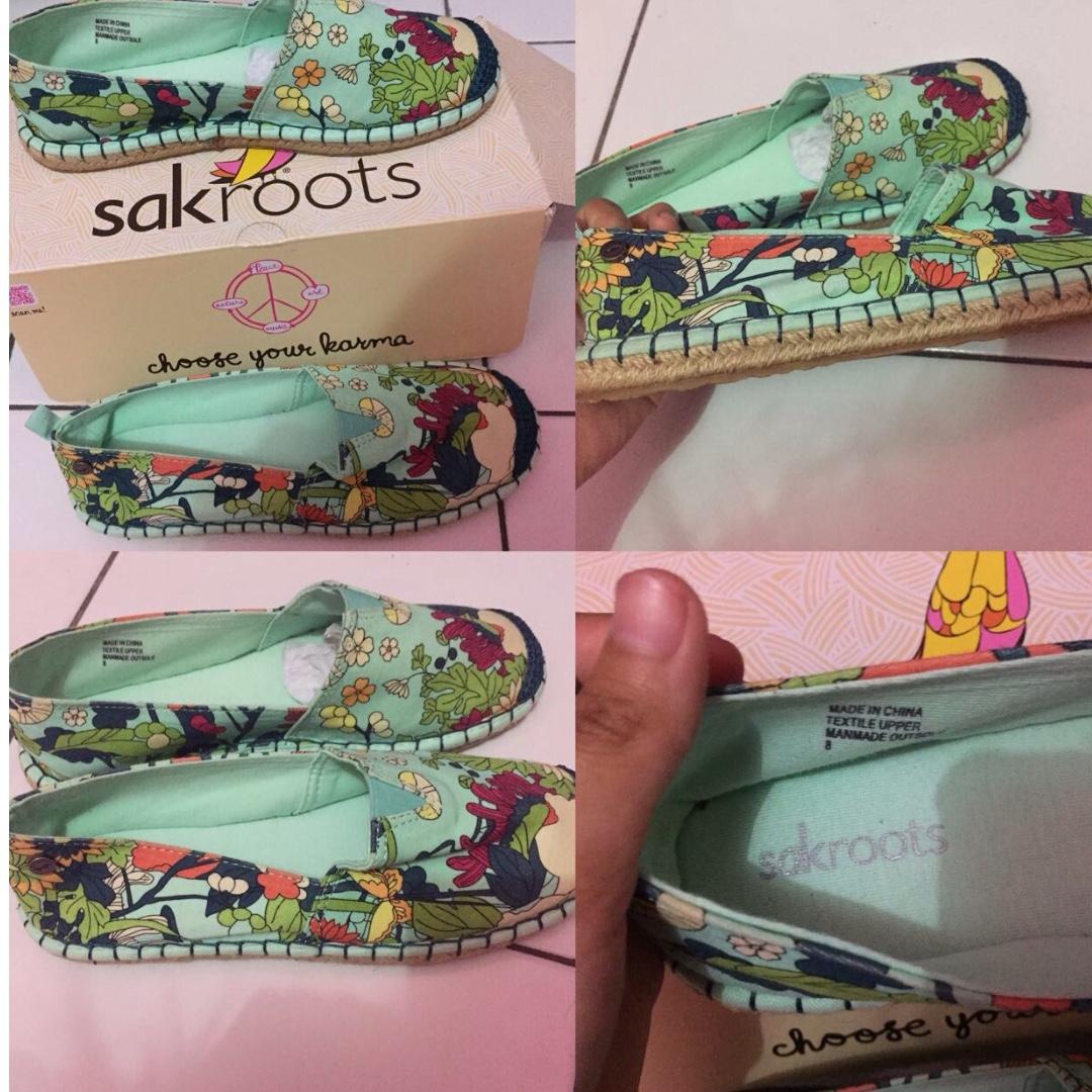 Sepatu Sakroots