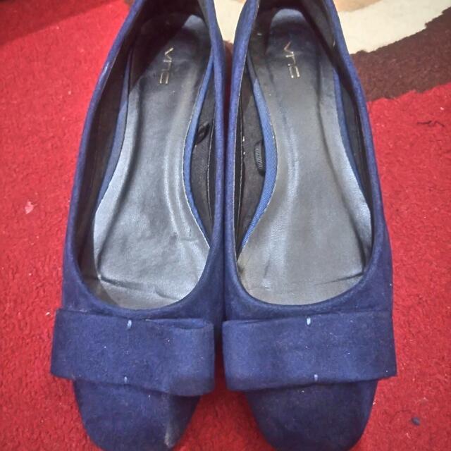 Sepatu VnC Ori