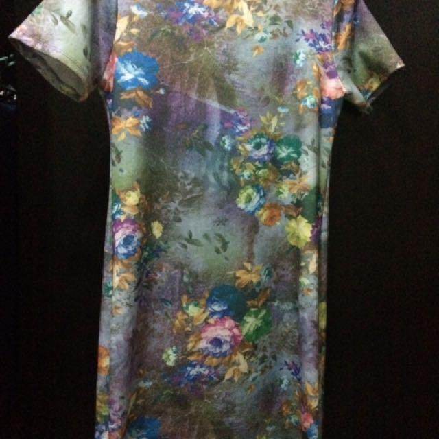 Shapes Floral Knee-length Dress