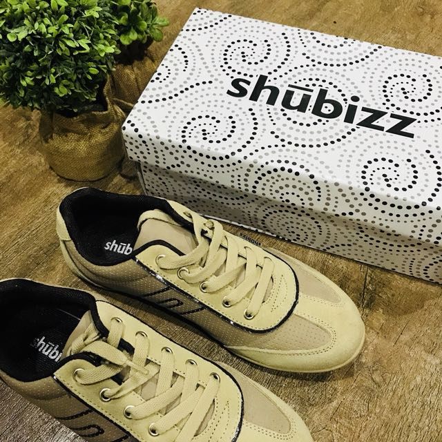 Shubizz Rubber Shoes in Brown