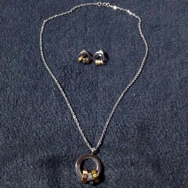 Stainless Necklace & Earrings Set