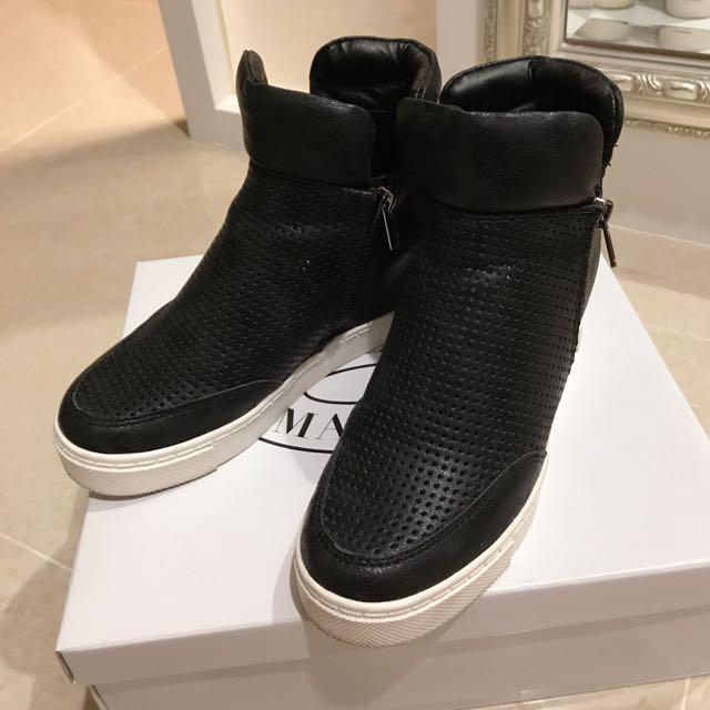 STEVE MADDEN網狀內增高楔型休閒鞋運動鞋 黑