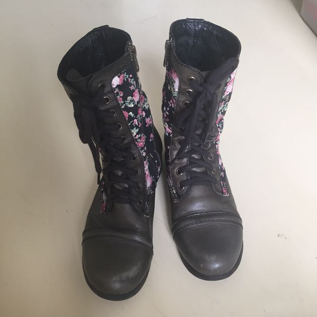 Steve Madden Real leather floral lace up boots