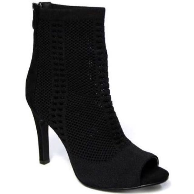 Therapy Vixon Boot Heels | Size 5