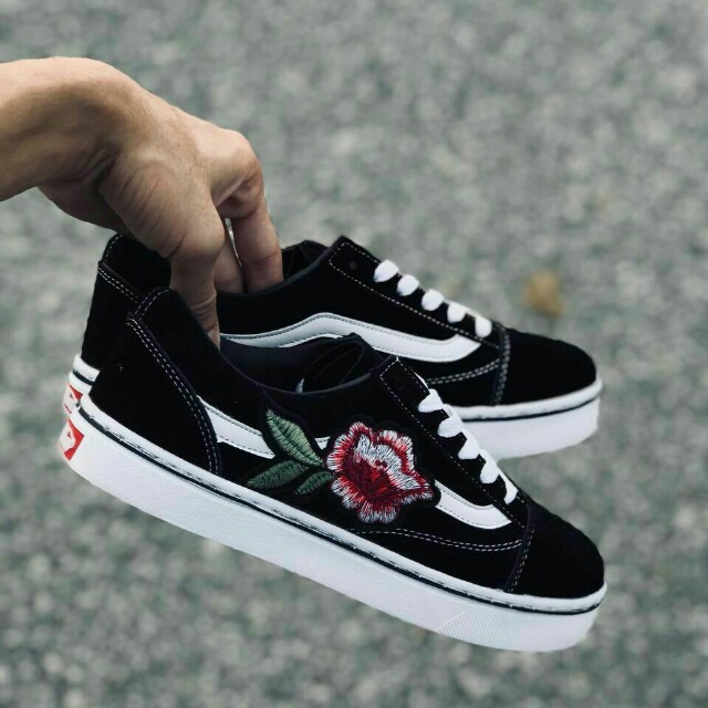 006b6f7d63 VANS OLD SKOOL FLOWER