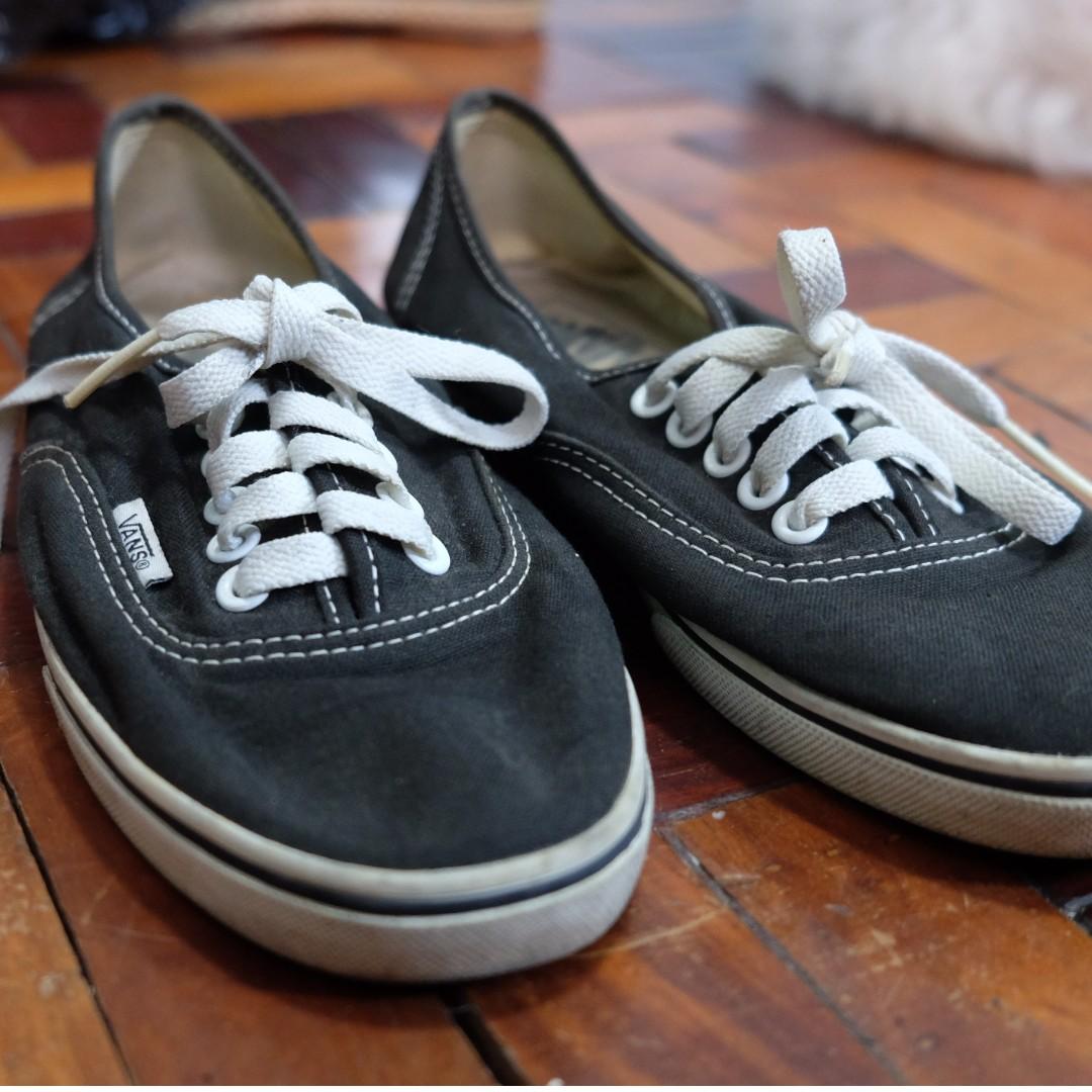 956d7f2157 ShoesWomen s On Vans Rubber FashionShoes Carousell yvmnN80wO