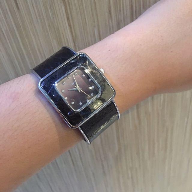 Watch oriflame new