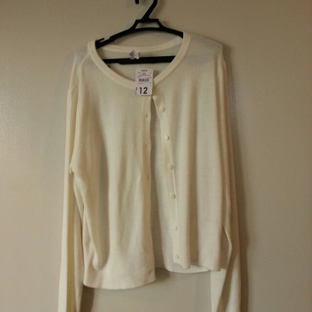 Cream White Cardigan Size Medium