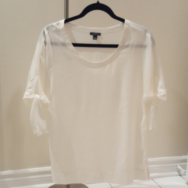 White tied sleeve Ann Taylor top