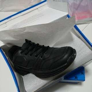 Black School Shoe Size 41