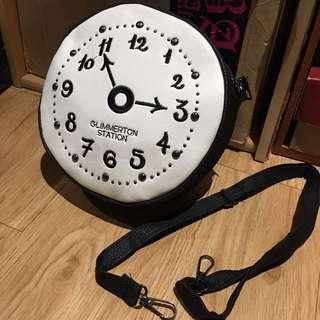 🚚 童趣時鐘圖案側背包