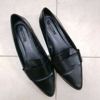 Black Shoes Forever 21