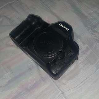 Canon 5d mark1 (Full Frame Camera)
