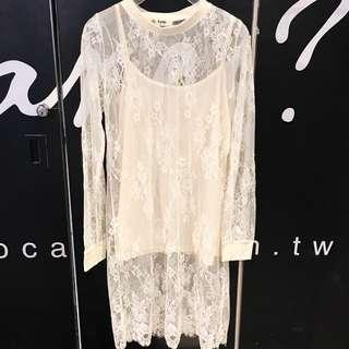 米白色全蕾絲長版洋裝