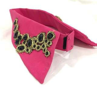 Hot Pink Peter Pan Vintage Fashion Collar with Black Beads