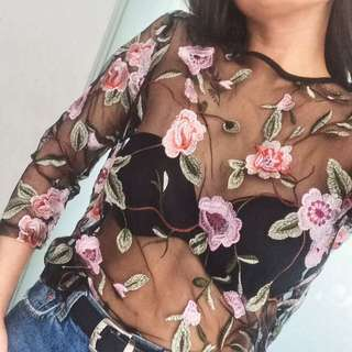 Floral Embroidered 3/4 Sleeve Top