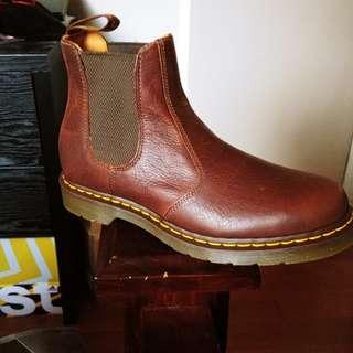 Dr. Martens Airwave Boots